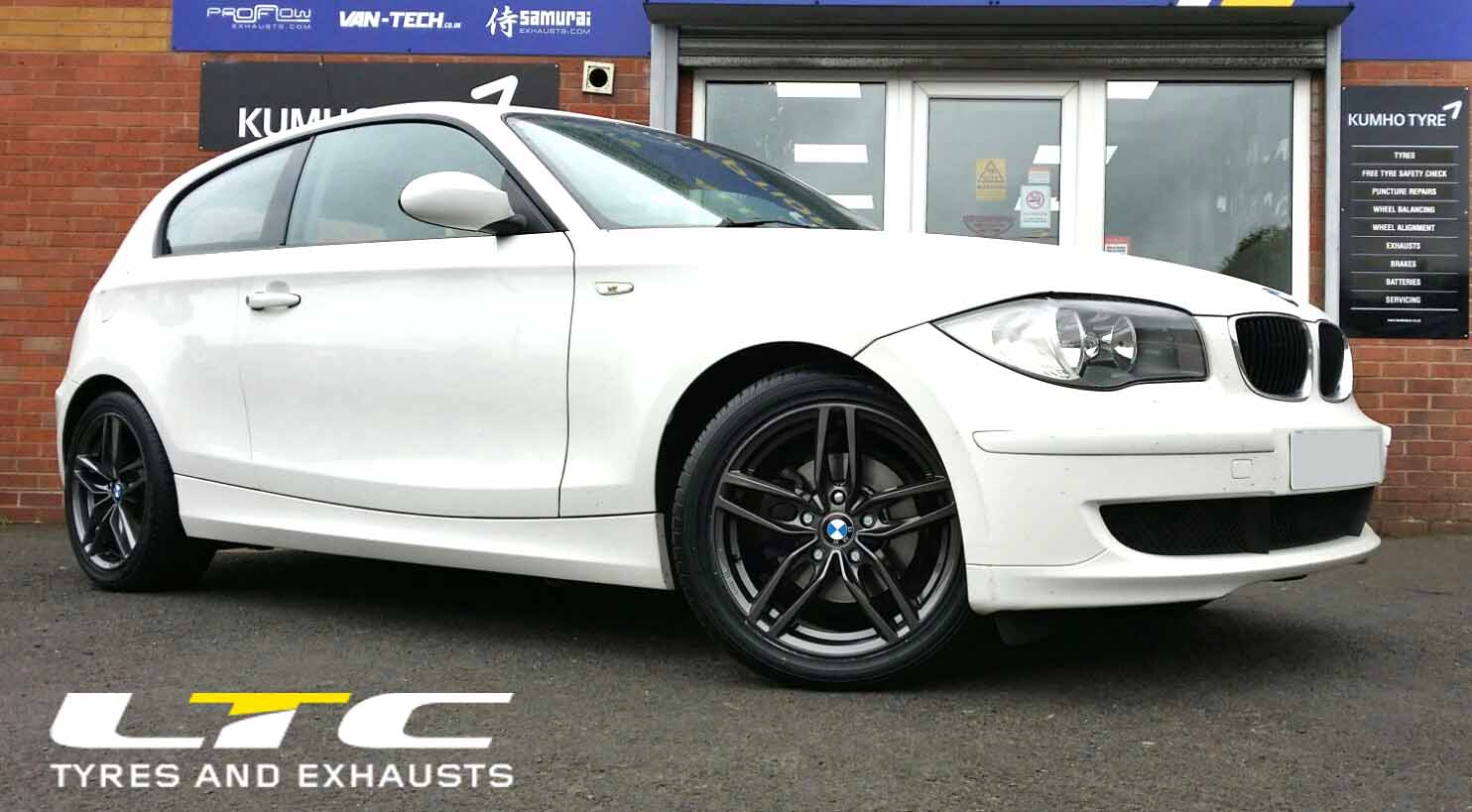 Drc Drs Alloy Wheels In Gun Metal Finish And Set Of 225 45 17 Tyres Fitted To Bmw 1 Series