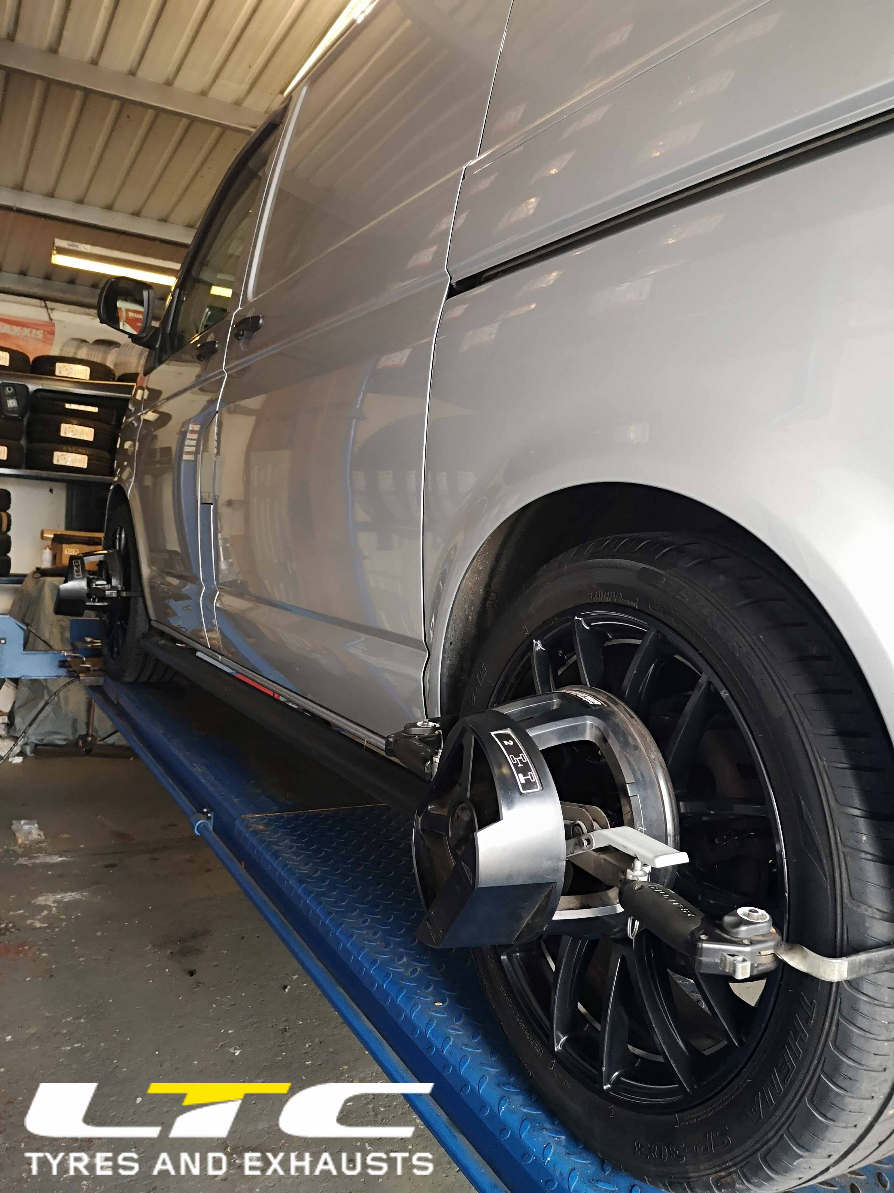 Van Hunter Hawkeye 4 Wheel Alignment Tracking