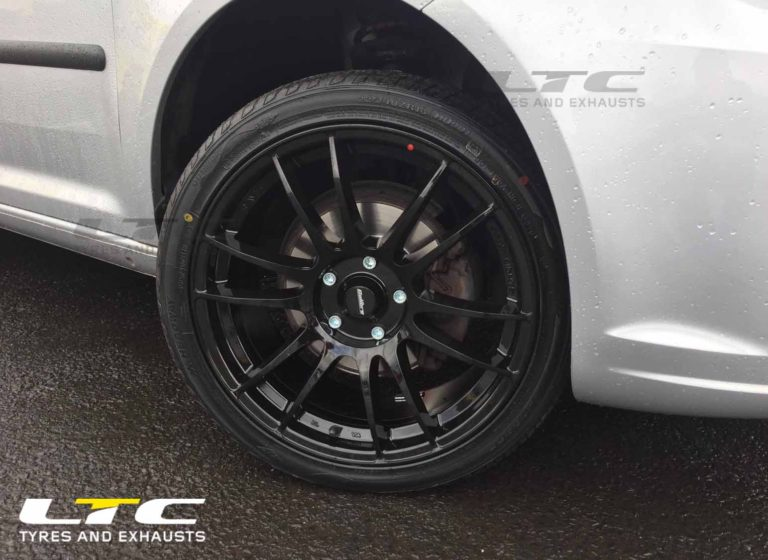 "Calibre Suzuka Alloy Wheels 18"" Gloss Black for VW Caddy"