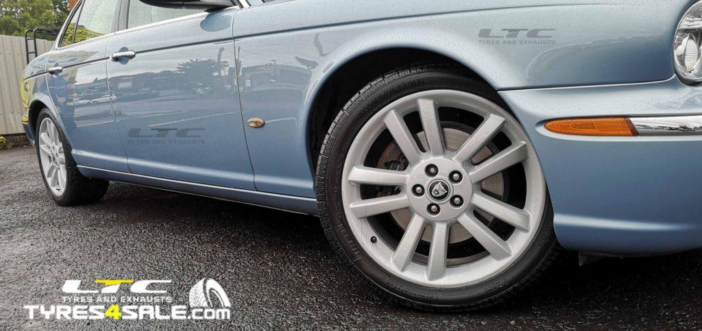 Genuine Jaguar Alloy Wheels refurbishment – Powder Coating Service LTC tyres